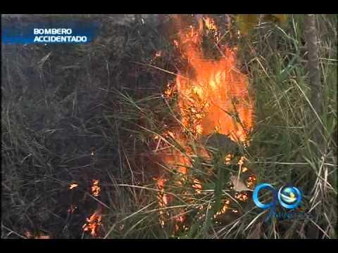 27 de Septiembre de 2012 / Bombero cayó a un abismo cuando apagaba incendio / Cali en Colombia