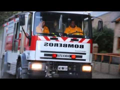 """""""2013"""" CUERPO DE BOMBEROS VOLUNTARIOS DE SAN MARTIN DE LOS ANDES / NEUQUEN EN ARGENTINA / Vídeo Destacado de La Hermandad de Bomberos"""