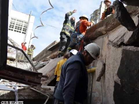 """BOMBEROS PFA """"GRUPO ESPECIAL DE RESCATE"""" EN ROSARIO 2013 - POLICÍA FEDERAL ARGENTINA / Vídeo Destacado de La Hermandad de Bomberos"""