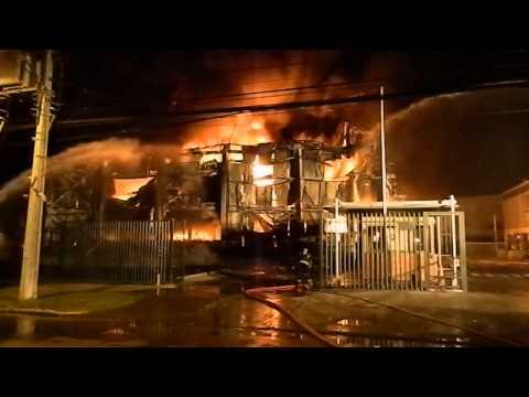 Incendio Industria Cramer. Escobar Williams / Las Rozas. CB MAIPU - Chile