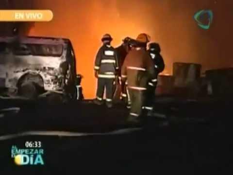 EXPLOSIÓN DE PIPA DE GAS EN XALOSTOC, ECATEPEC / MÉXICO / Vídeo Destacado de la Hermandad de Bomberos