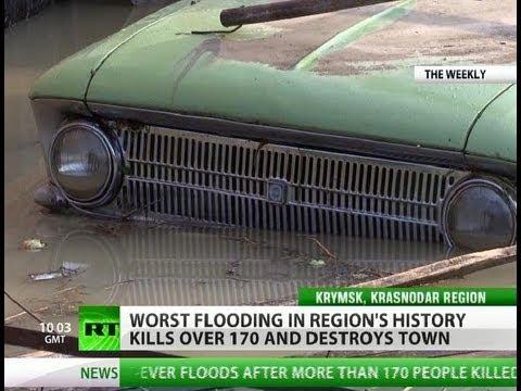 La Gente Bucea para recuperar sus cosas / Ciudad destruida en diluvio, reina el pánico / Sur de Rusia