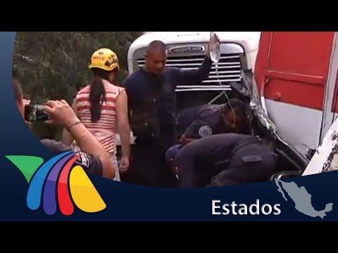 01 DE ABRIL DE 2015 - CHOQUE MÚLTIPLE EN LA AUTOPISTA MÉXICO - QUERETARO DEJA 16 HERIDOS - MÉXICO