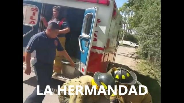CHOCAN BOMBEROS SILAO EN GUANAJUATO, CINCO BOMBEROS HERIDOS  - MÉXICO / Video Destacado de La Hermandad de Bomberos