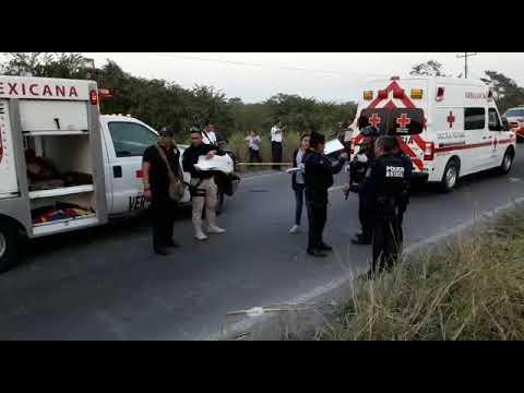 RESCATE VEHICULAR EN CARRETERA VERACRUZ-XALAPA, CHOCA BUS Y CAMIONETA DE FRENTE DEJANDO SEIS MUERTOS - VERACRUZ EN MÉXICO