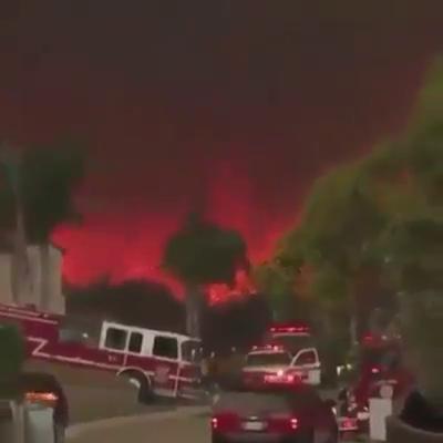 IMPRESIONANTE TORNADO DURANTE LOS INCENDIOS EN CALIFORNIA 2018 - ESTADOS UNIDOS