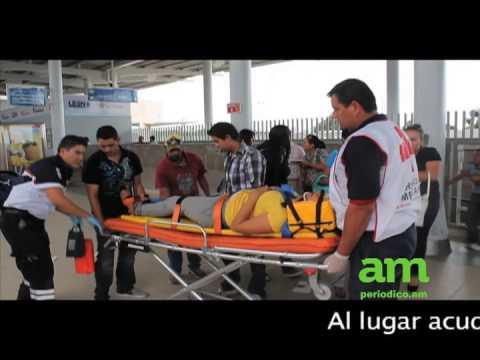 Camión atropella a 20 personas en Delta / Leon, Guanajuato en México  / Video Destacado de La Hermandad de Bomberos