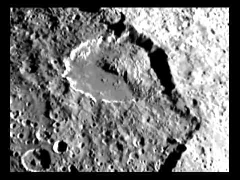 Iapetus - A Moon, A  Mystery