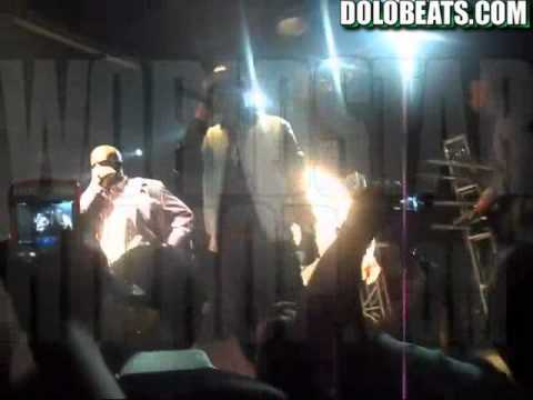"@MyFabolous Gets A Drink Thrown At Him By A Fan & Crowd Ratted Him Out! ""Point Him Out"""