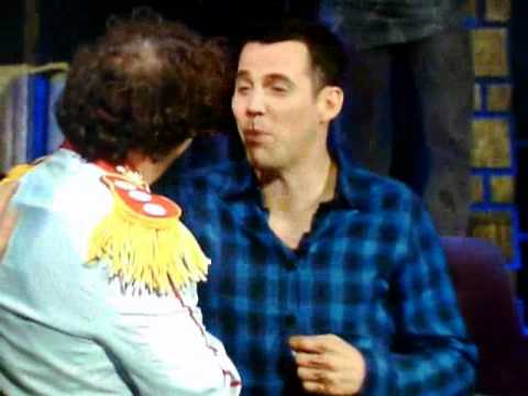 Comedy Central Roast of Charlie Sheen - Steve-o breaks his nose on Mike Tysons fist