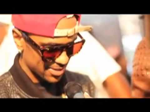 Maino  Confronts Big Sean Live On Red Carpet & Clears up So Called Beef