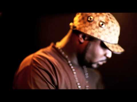 "Young Buck Reviewing 50 cent ""Gangsta Grillz"" Mixtape & Vibing to it !"
