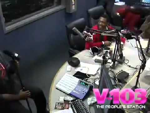 #Ratchedness : Mama Dee & Frankie Brawl On The Ryan Camron Morning Show!