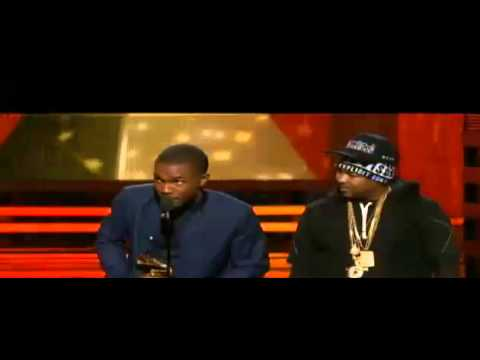 """Jay-Z """"I'd Like To Thank The Swap Meet For His Hat""""Disses The Dream At 2013 Grammys"""
