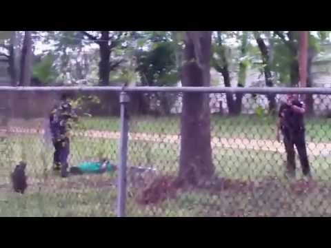 Gunned Down In Cold Blood : Full Video of Walter Scott By Police Officer