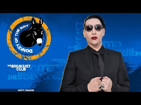 WTF : Marilyn Manson Aims Fake Assault Rifle At His Audience In California