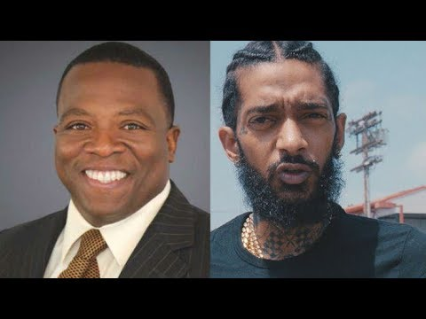 News Reporter Wants Smoke With Nipsey Hussle : tells Nipsey  'PULL UP FOR THE FADE'