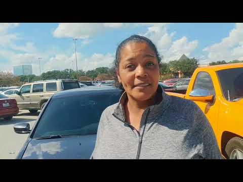 Interview : Hurricane Victim Speaks Out  at Houston Red Cross / FEMA Camp (One Bathroom For Over 1,000 PPL,Apple Sauce For Breakfast)