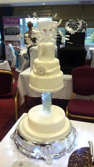 my 'live' wedding cake topper!