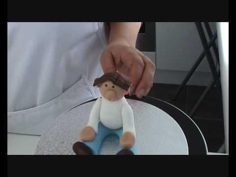 Making hair for a sugar paste figure