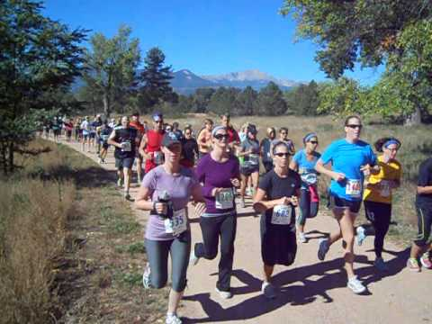 Start of the Pikes Peak Road Runners' Fall Series No. 1 race