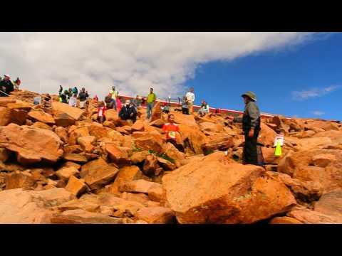 Rickey Gates, Abu Diriba, Alex Nichols make the turn in the 2015 Pikes Peak Marathon