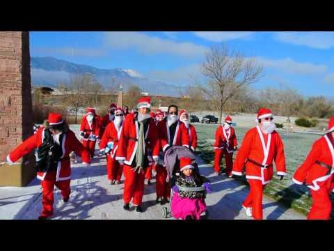Start of the 2016 Chasing Santa 5K