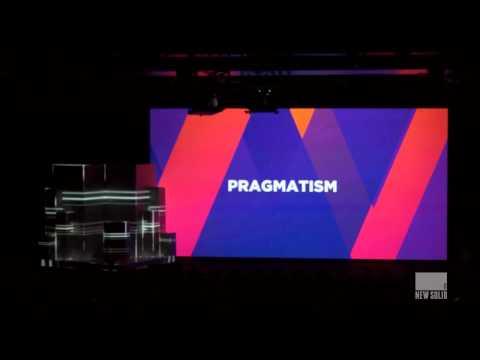 Vlerick rebranding - 3D videomapping on speakers desk