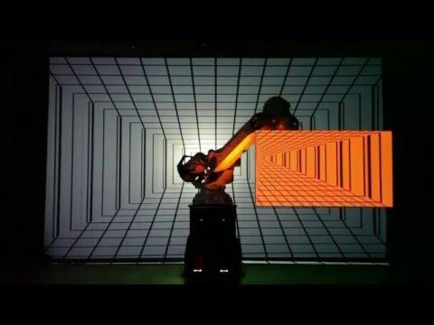 Coolux Pandoras Box + Robot Show