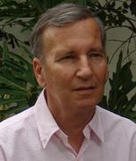 Dr. Avner Barnea