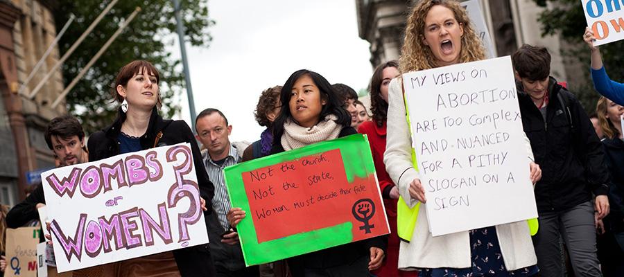 The ACME of demonstration slogans