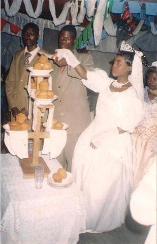Mmeiona keki ya harusi hiyo?