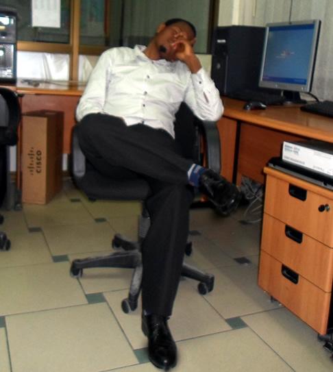 Admin punguza kunywa gongo,unaona sasa wasinzia ofcn?