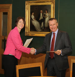 Jan Wildman of Kodak and Ronald Milne of the British Library handover the formal donation agreement. Photo: Michael Pritchard