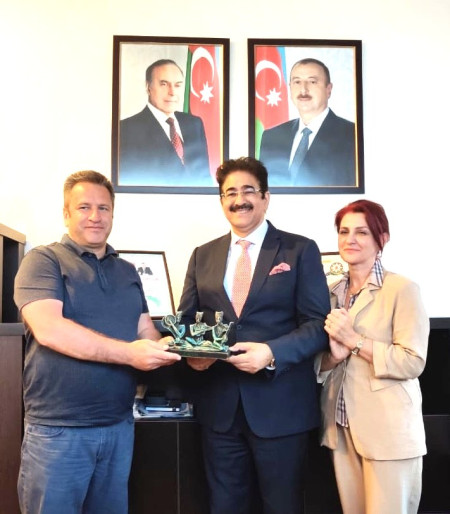 Sandeep Marwah Honored by Film Fraternity of Azerbaijan