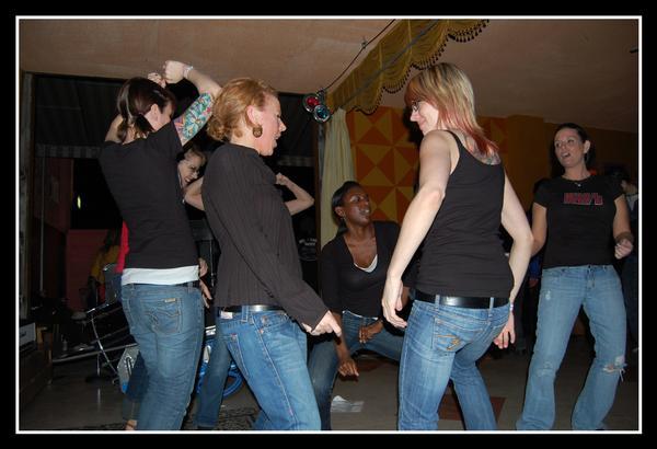 dancin ladies