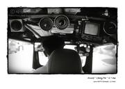 Tuktuk_BWuncutwall