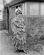 Vintage_Halloween_Costumes 14