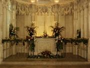 Fleurissement de la Chapelle Saint Hubert du Château Royal d'Amboise dans le cadre des Journées du Patrimoine