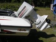 Snurran är en Johnson V4ª på 140hk.1977