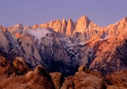 Mt_Whitney_and_Alabama_Hills