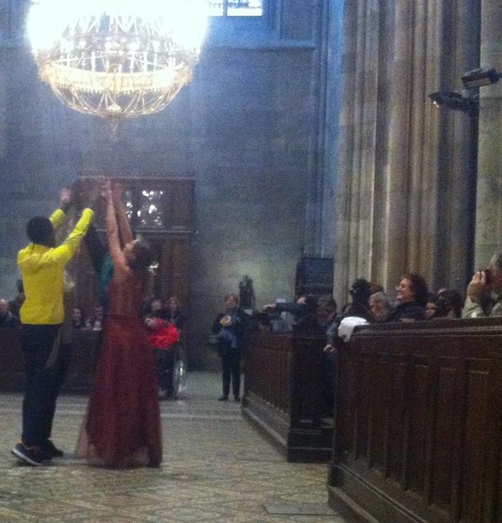 flashmob- sacred dialogues ... Votivchurch May, 24th 2013