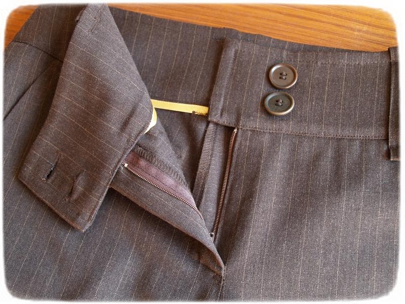 Brown pants details 3