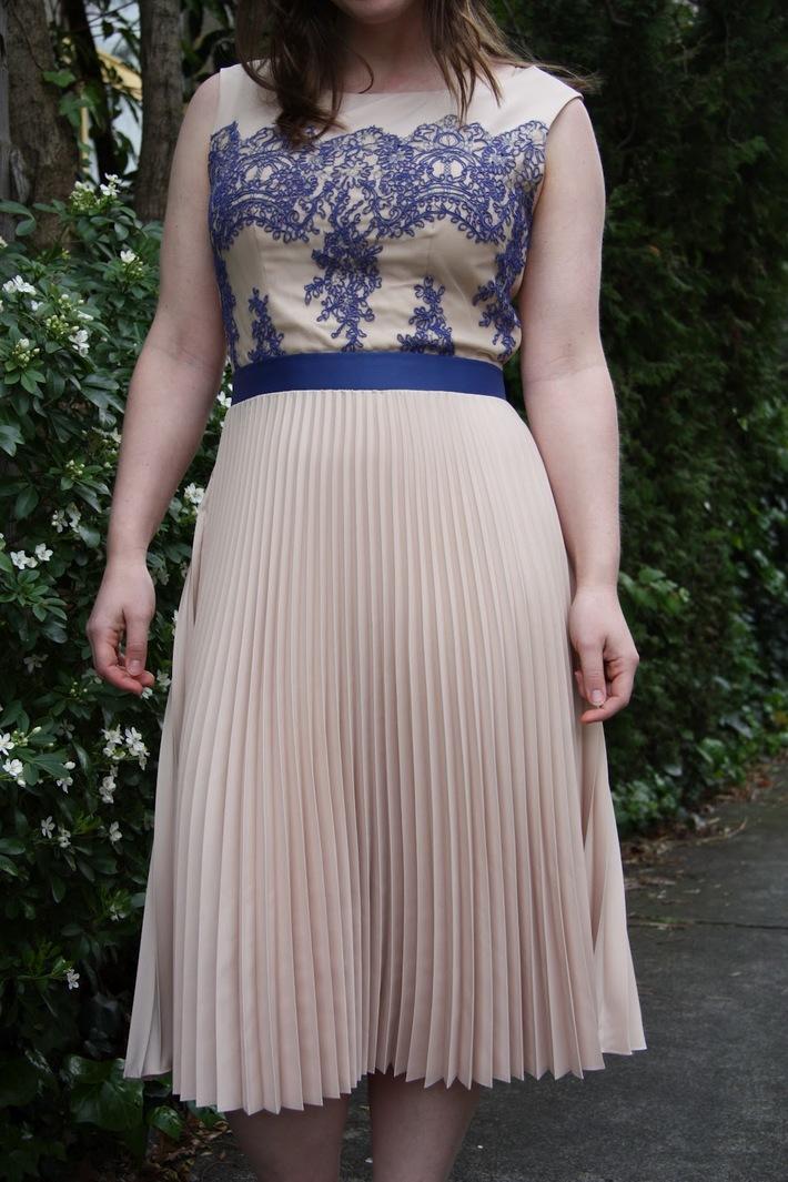 Anniversaire Amour Dress