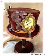 Brian's Otto & Victoria Top Hat