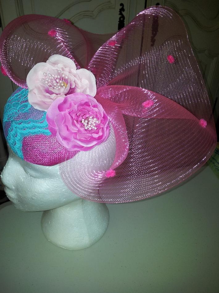 Melanie button cocktail hat with vintage lace