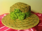 Straw green and natural bahamian straw hat