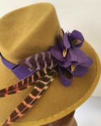 mustard fur felt 1938 hat percher