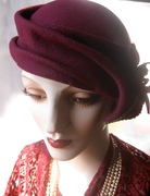 1930's Percher with Czech Glass Button ( 3/4 view)