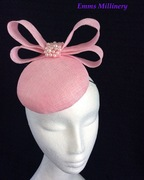 Pink button fascinator